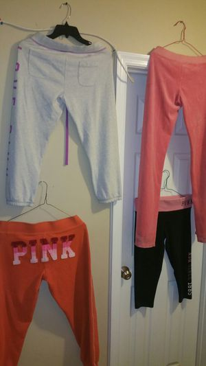 Pink workout gear sz...small for Sale in Gaithersburg, MD