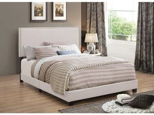 PLATFORM BED BEIGE FABRIC for Sale in Hialeah, FL
