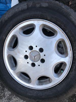 Photo TIRES - Mercedes Tires (Lot of 4)