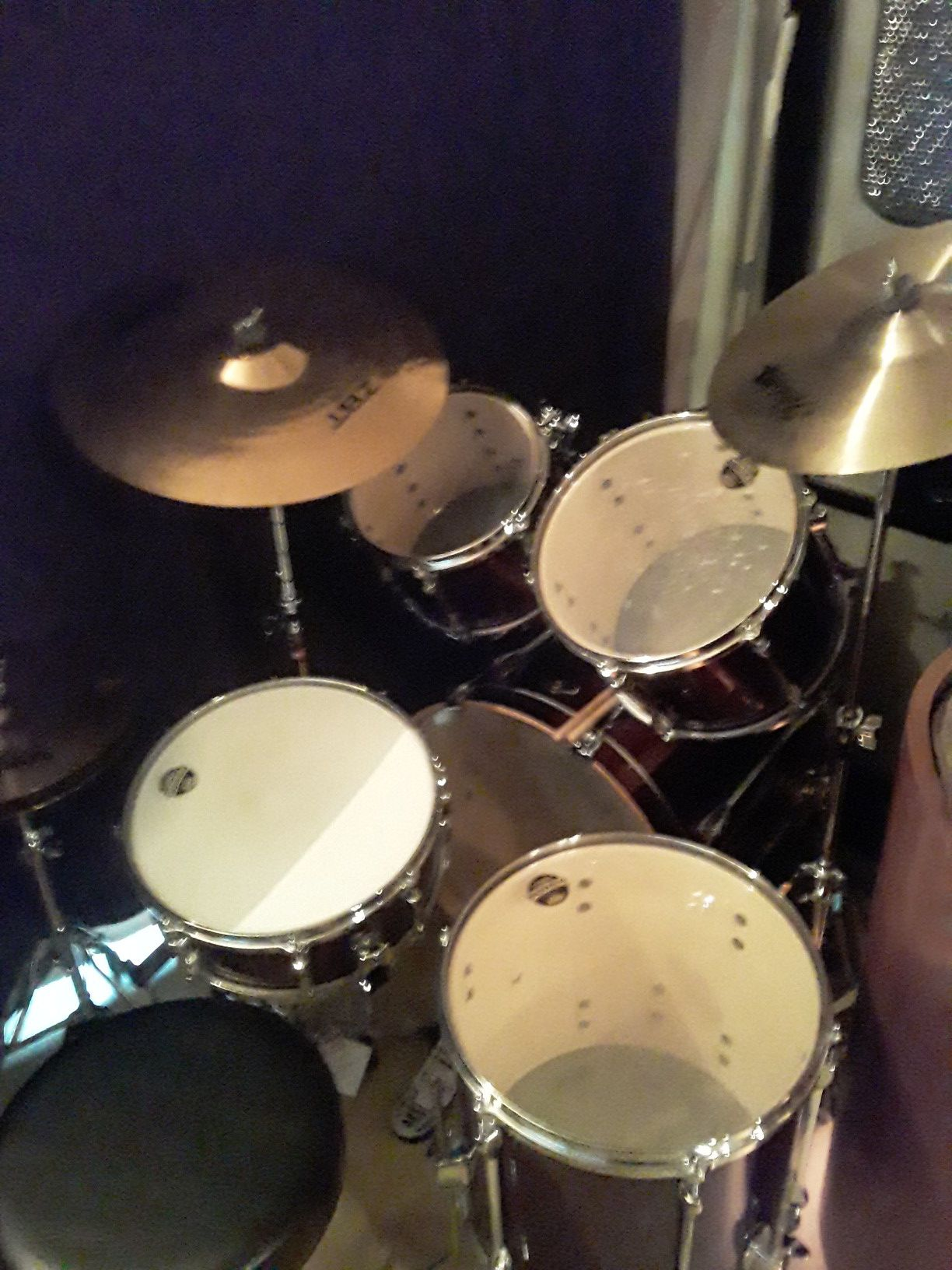 Tama 5 piece brand new drum set including Hardware and symbols and seat