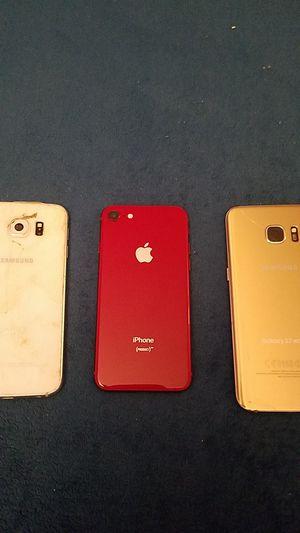 Samsung s7 edge galaxy s 6 sólo para repuesto iphone for Sale in Gaithersburg, MD