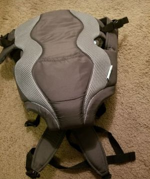 Evenflo infant baby carrier for Sale in Waldorf, MD