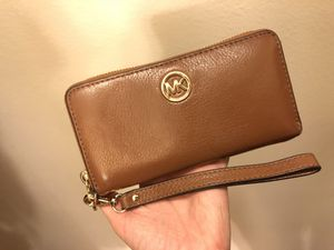 Michael Kors wallet for Sale in Chantilly, VA