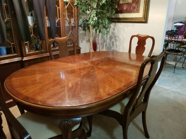 Dining Room table and chairs for Sale in Jacksonville, FL ...