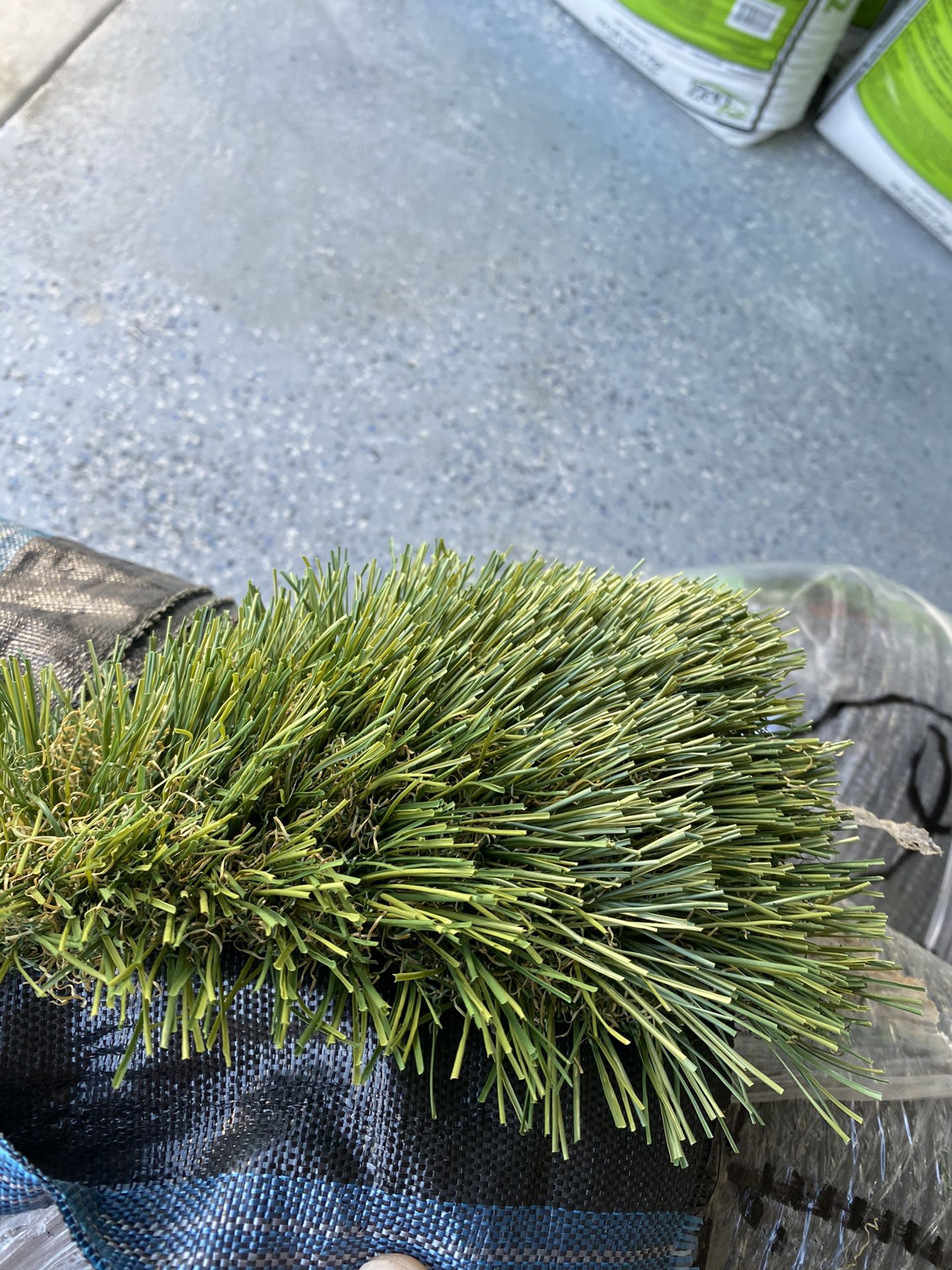 Artificial turf 15x10 size brand new grass $300 price firm 👈🏿👈🏿👈🏿👈🏿