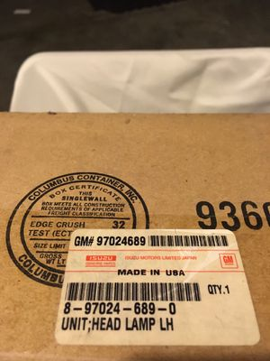 Honda passport driver headlight for Sale in Orlando, FL