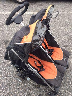 Baby Planet Double Stroller for Sale in Midlothian, VA