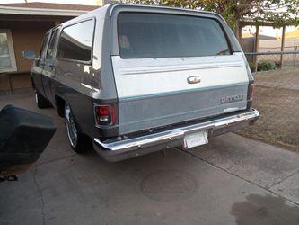 1987 Chevrolet Suburban Thumbnail