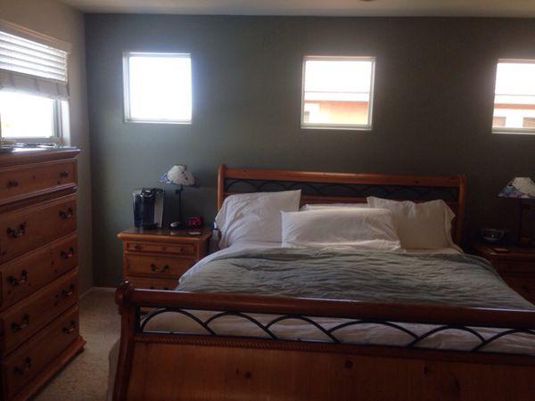 Timbercrest bedroom furniture online information - California king bedroom sets for sale ...
