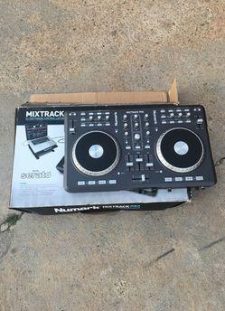 Numark Mixtrack PRO Thumbnail