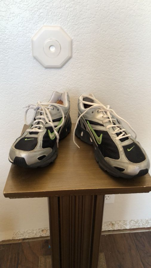 Nike Dual D