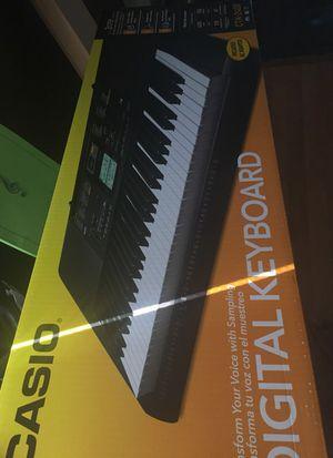 Casio piano set for Sale in Orlando, FL