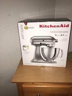 Kitchen aid mixer artisan series for Sale in Alexandria, VA