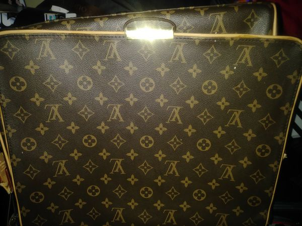 049b014650c0 Louis Vuitton Monogram Abbesses Messenger Bag M45257 Ca1025 for Sale ...