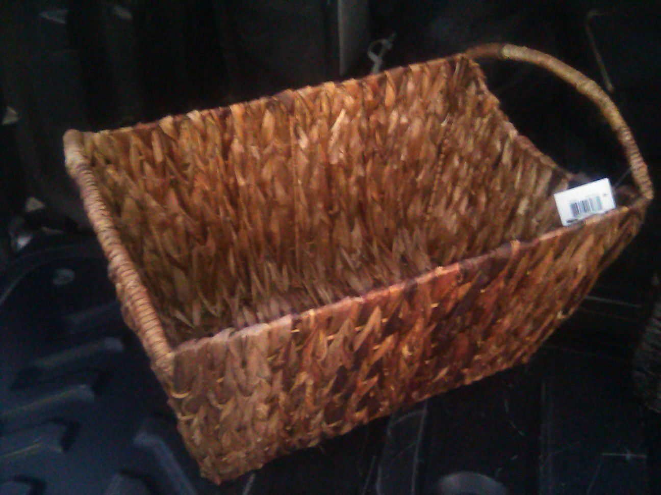 Pair of brand new wicker baskets with handles. Strong, durable for heavy weight