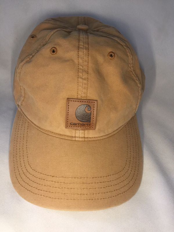 Carhartt dad hat purchased at Zumiez new without tags great condition 45ca3838d69