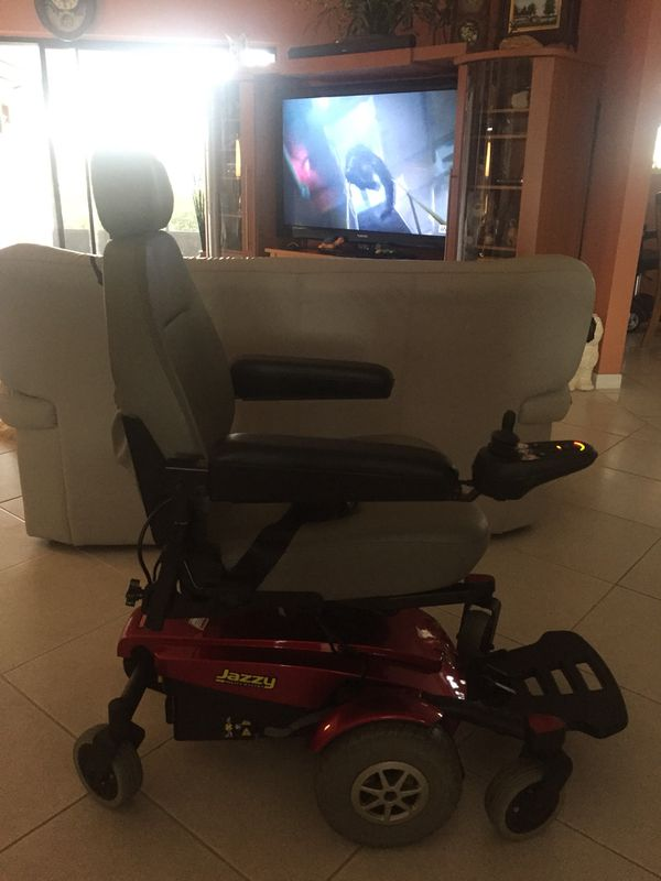 Mobility power chair with 5 inch seat left jazzy select six ultra ...