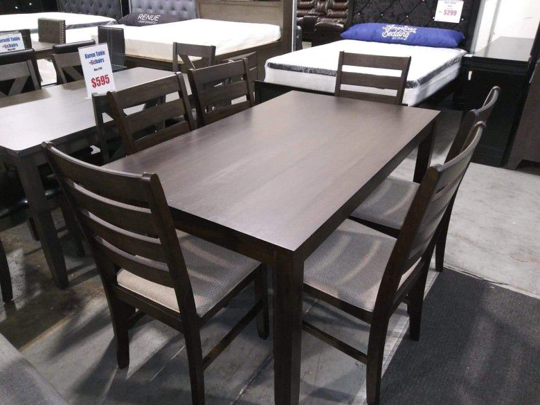 Table and six chairs Brand.New $39 Down /  Same day delivery available 🚛