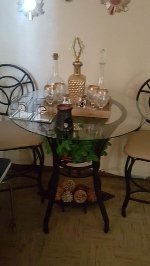 Bar And Stools For In East Saint Louis Il