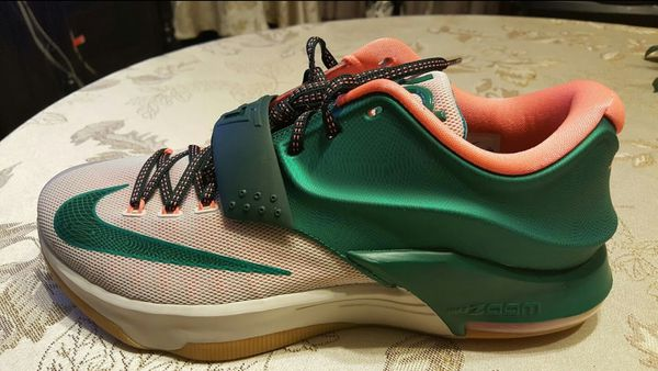 2d97703e59c0 Nike kd 7 easy money size 10 and 9.5 (Clothing   Shoes) in El Mirage ...