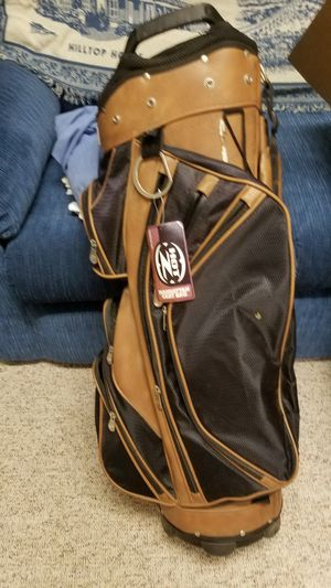 Hot z golf bag make offers for Sale in Harpers Ferry, WV
