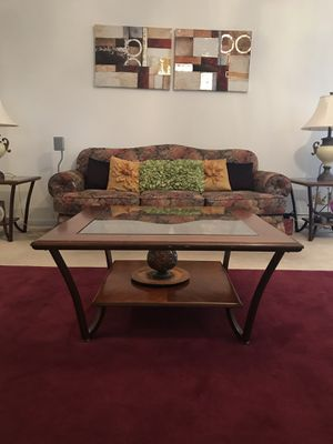 Coffee table & 2 side table- set of 3 for Sale in Ashburn, VA