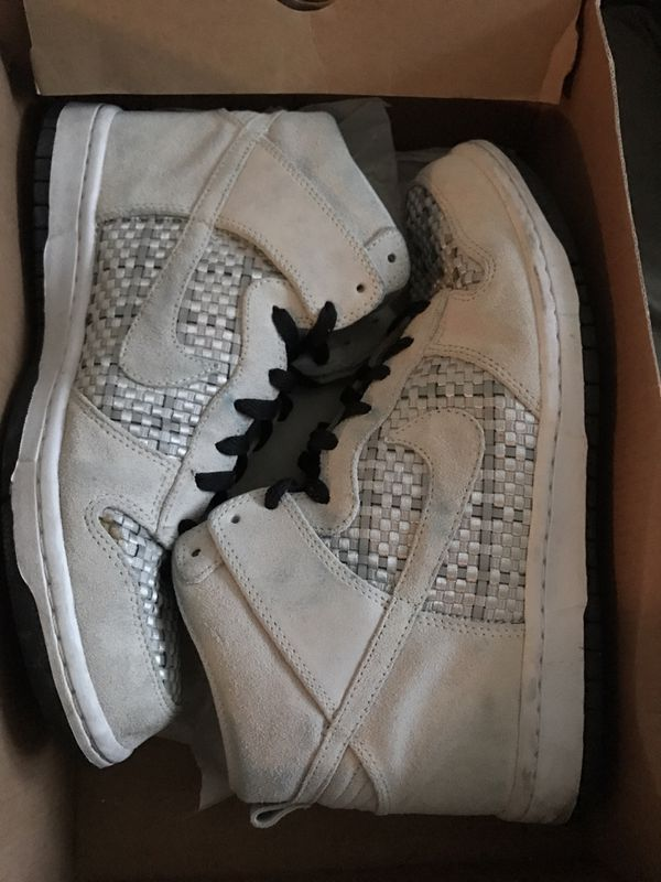 timeless design 622c8 c5f42 Nike Dunk High Premium 9.5 for Sale in Chelmsford, MA - OfferUp