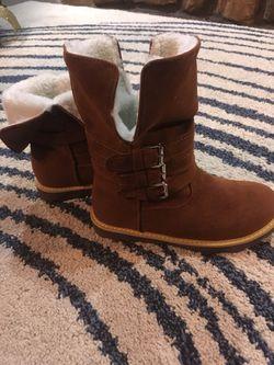 Fur buckle boots Thumbnail