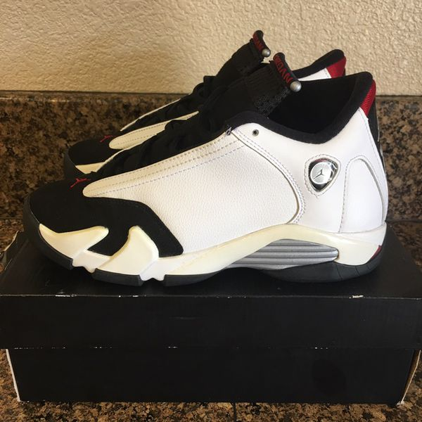 official photos 5f6da d182a Air Jordan 14 Retro Black Toes Size 4.5Y