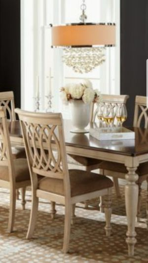 Dovewood Dining Table with 8 chairs for Sale in Aldie, VA