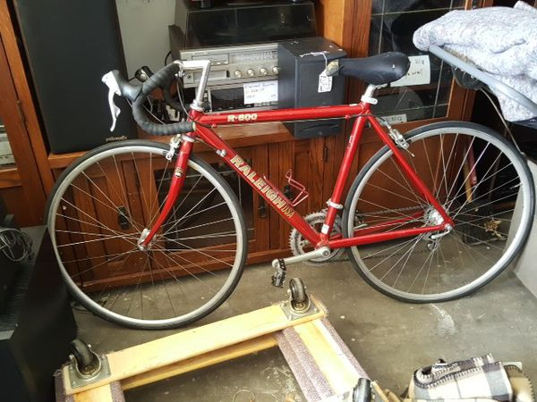 RALEIGH R-600 ROAD BIKE for Sale in Albuquerque, NM - OfferUp