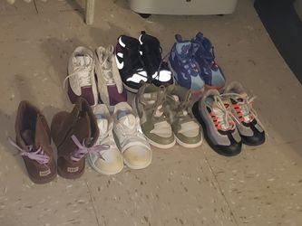 Use Sneakers Thumbnail