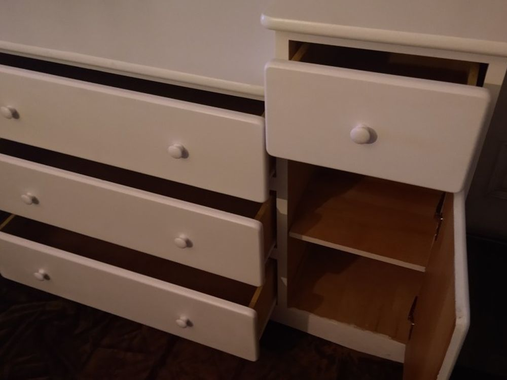 Dresser / Changing Table . Plenty Room. All Solid Wood. 50.5 Wide. 19.5 Deep. 33 Tall And 39 Tall. Can Help Deliver Local