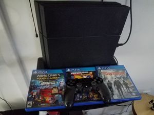 Ps4 500 gb 1 controller 3 games for Sale in Atlanta, GA
