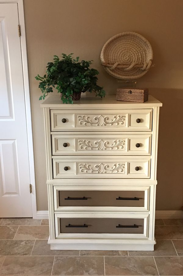 Solid Wood 5 Drawer Dresser Chest Of Drawers For Sale In Saratoga