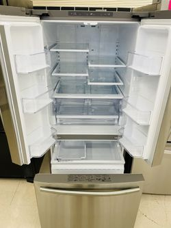 """30"""" Samsung Refrigerator French Door With Ice Maker In Excellent Condition  Thumbnail"""
