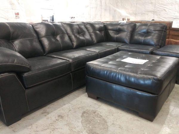 Beautiful New sectional Sofa / Nuevo Sofa de esquina for Sale in San ...