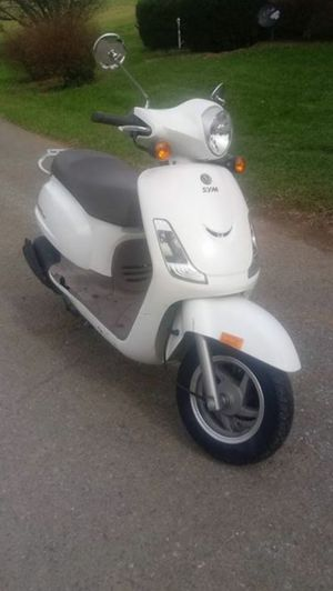 2009 sym fiddle ii 125cc scooter for Sale in Martinsburg, WV