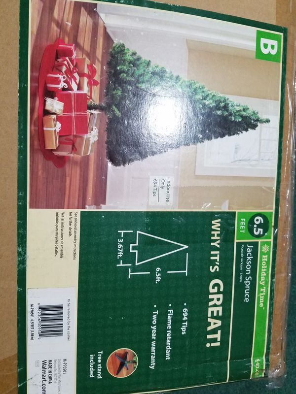 """Artificial 6' 5"""" Christmas Tree for Sale in Tacoma, WA - OfferUp"""