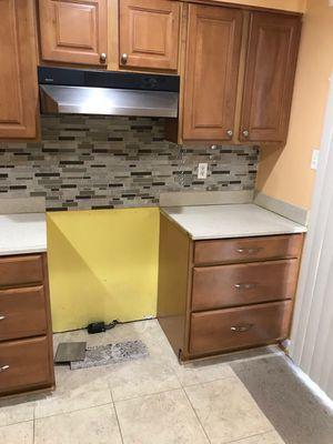 Gabinetes para cocina for Sale in Silver Spring, MD