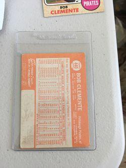 Roberto Clemente Baseball Cards Thumbnail