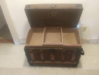 antique chest Thumbnail