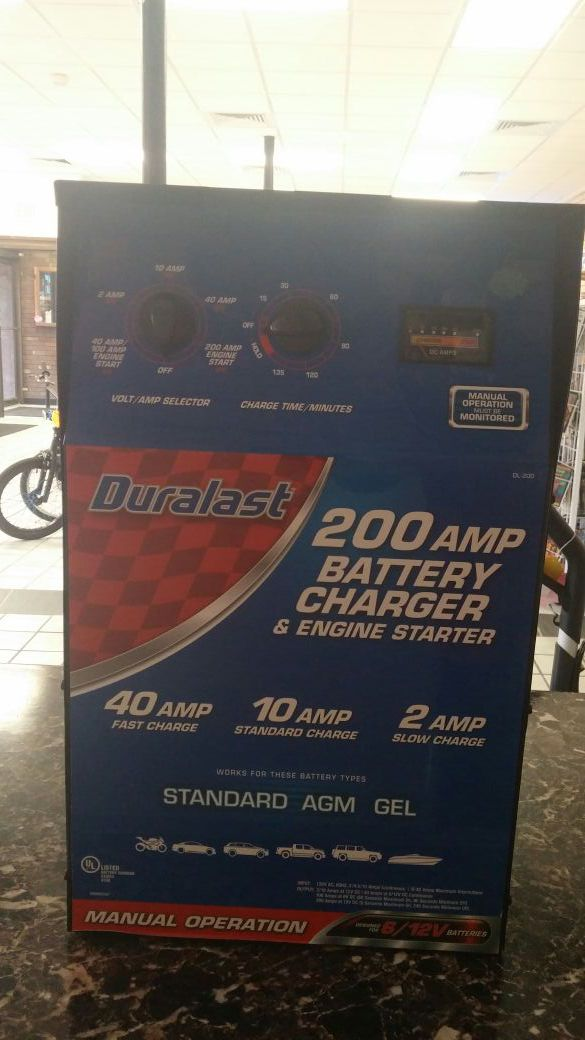 Duralast 200 AMP Battery Charger Model# DL-200 for Sale in Chicago, IL -  OfferUp