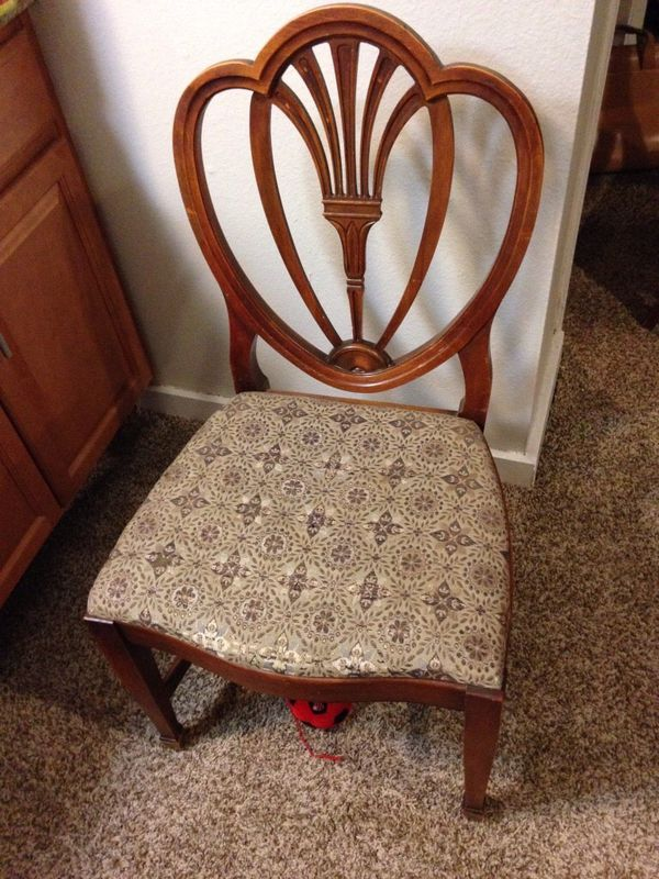 - 5 Chairs Used Antique Excellent Design For Sale In Denver, CO - OfferUp