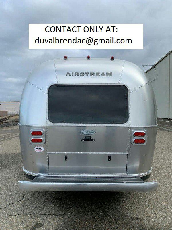 Photo njtyh2015 Airstream Flying Cloud 28 Camping Trailer RV