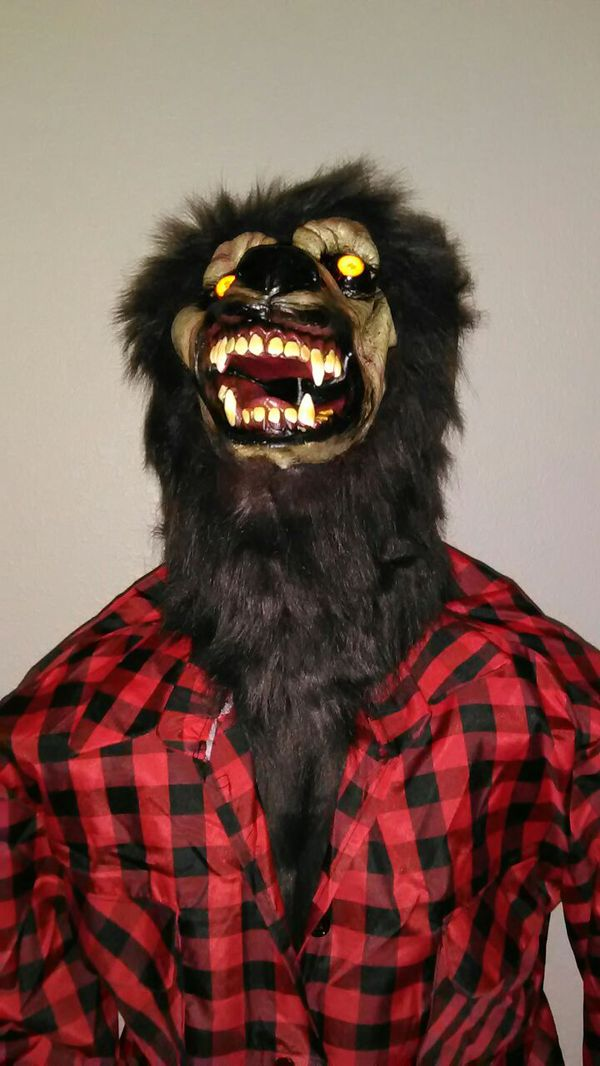 lifesize animated howling werewolf halloween prop for sale in fort worth tx offerup