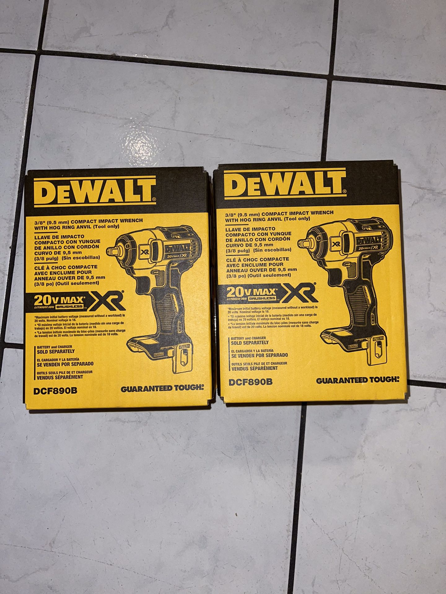 Dewalt 20v MAX XR brushless .3/8 Compact Impact Wrench (tool Only .solo Herramienta )…$110 Each One .cada Uno Price Firm