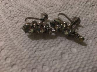 Vintage earrings Thumbnail