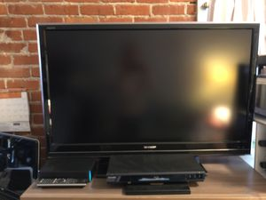 """Sharp """"Aquos"""" 46 inch LCD (1080p) with remote! for Sale in San Francisco, CA"""