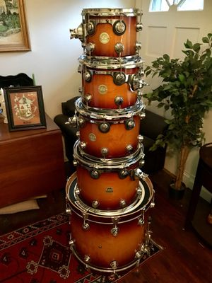 2006 DW Collector's maple drum kit for Sale in Lynchburg, VA